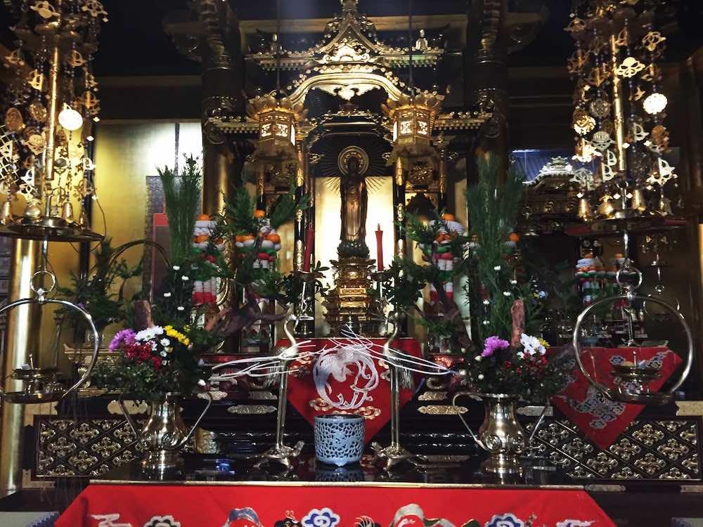 須弥壇のイメージ