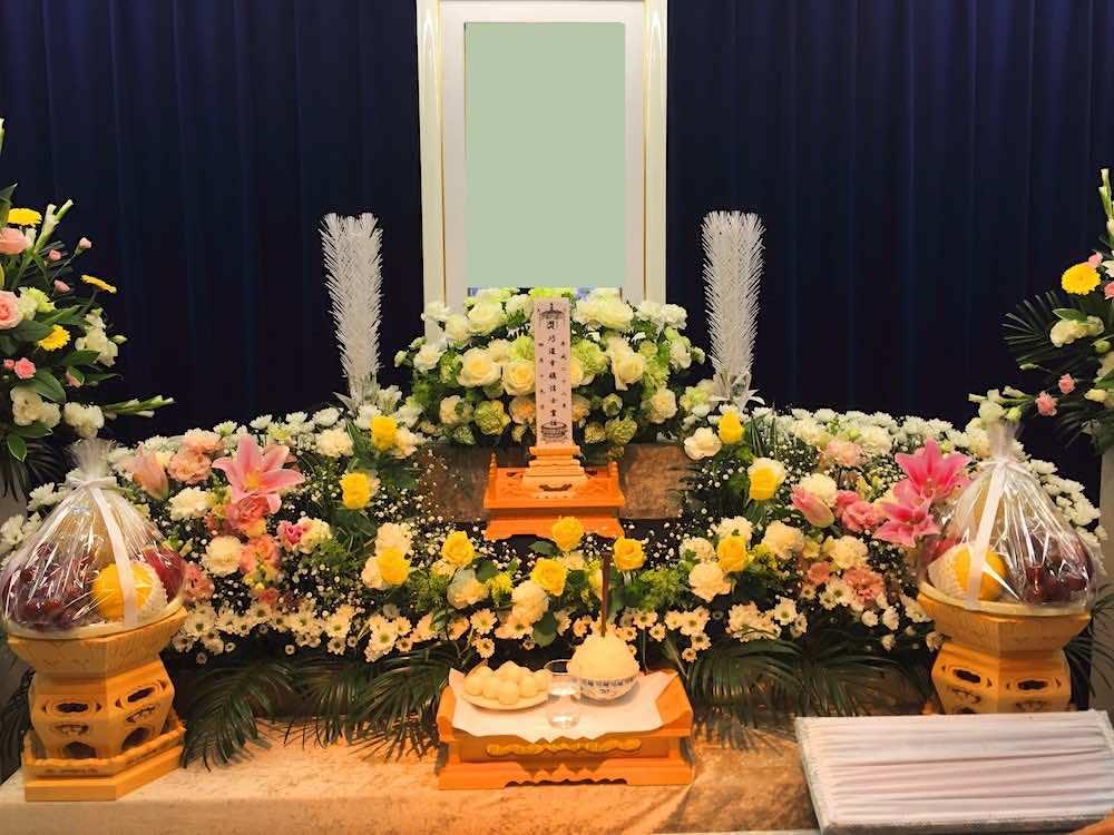 葬儀と供花