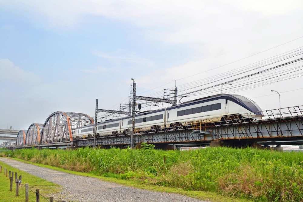 荒川 新幹線