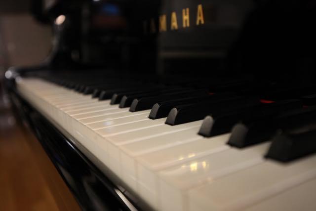 ヤマハのグランドピアノのイメージ